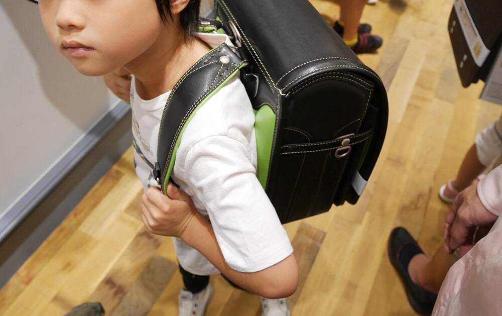 土屋鞄のランドセル「牛革コンビ 黒×緑」注文完了しました!