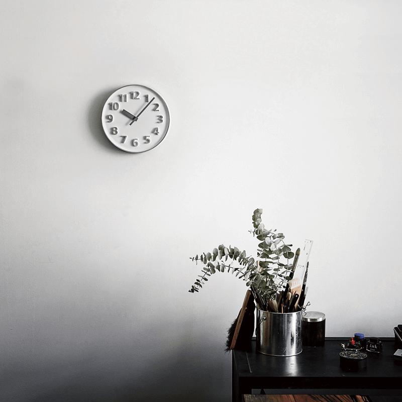 これは欲しい!アルミ鋳物の時計「 Lemnos(レムノス)Founder clock」