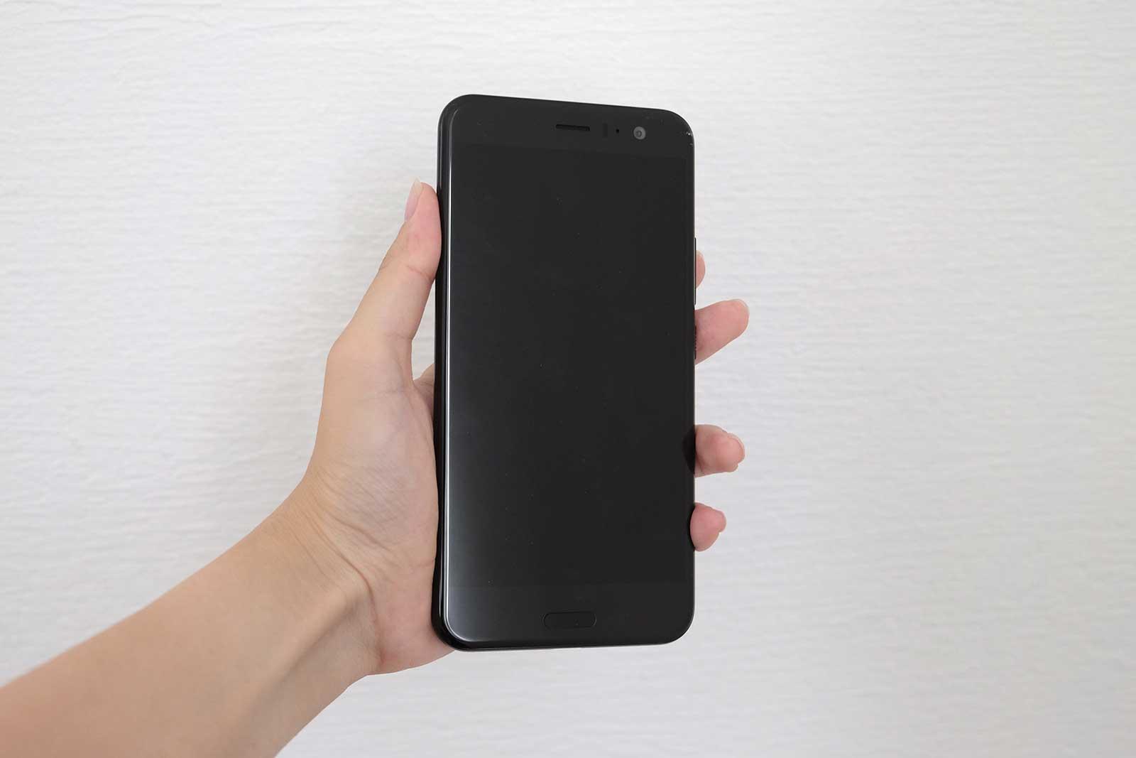 HTC U11 ディスプレイ側