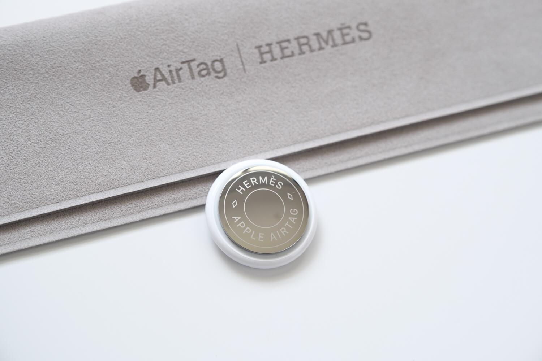 AirTag Hermesの鏡面部分