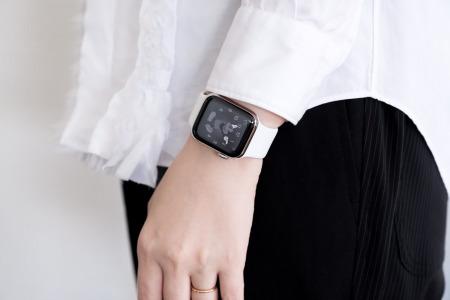 Apple Watch6のソロループをつけたところ