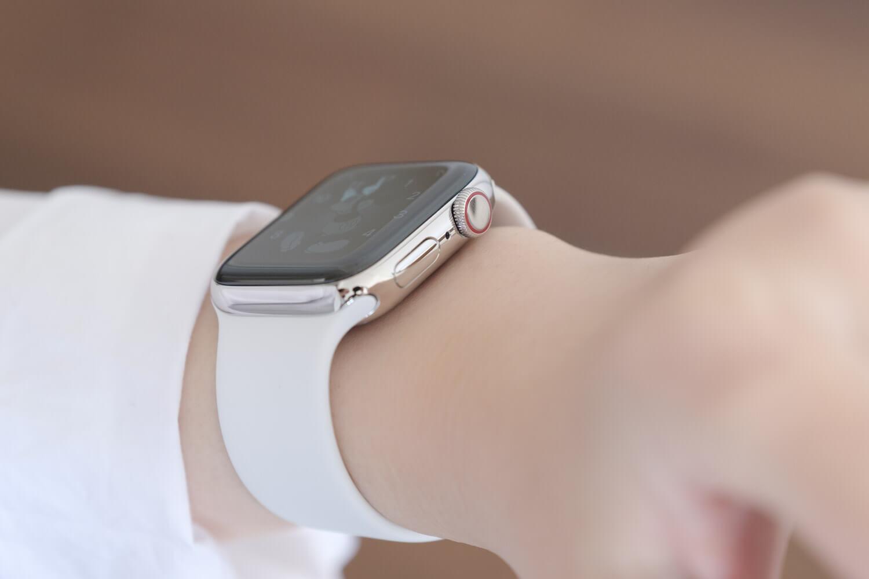 Apple Watch6は赤いラインが気になっていたけれどよい