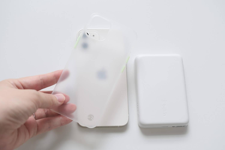 iPhone12 miniに薄いケースをつけて試す