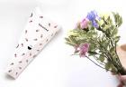 お花の定期便bloomee(ブルーミー)の箱と花束
