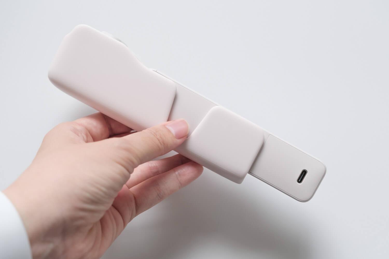 DJI Pocket 2 サンセットホワイトにDo-It-Allハンドルを取り付けてケースに入れたところ