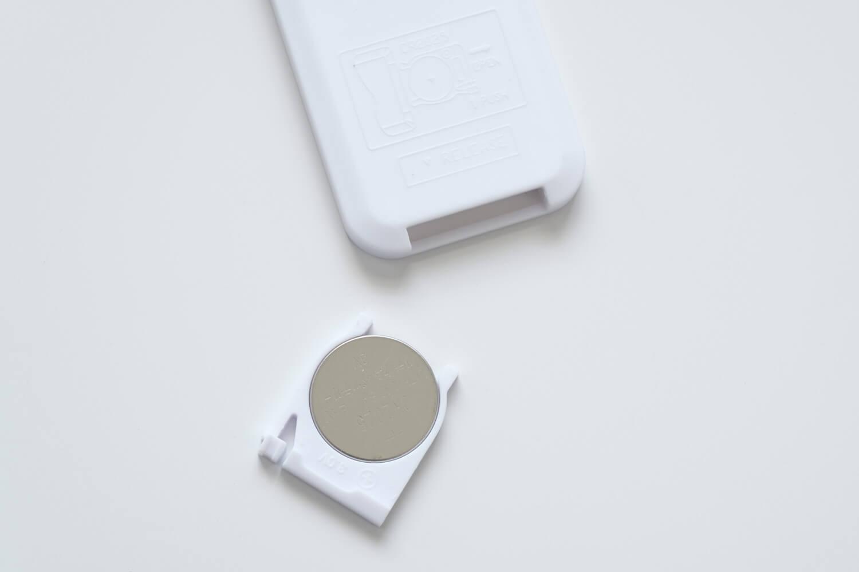 BRIDダクトレールファンのリモコンの電池