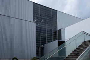 エコリアム 外観と階段