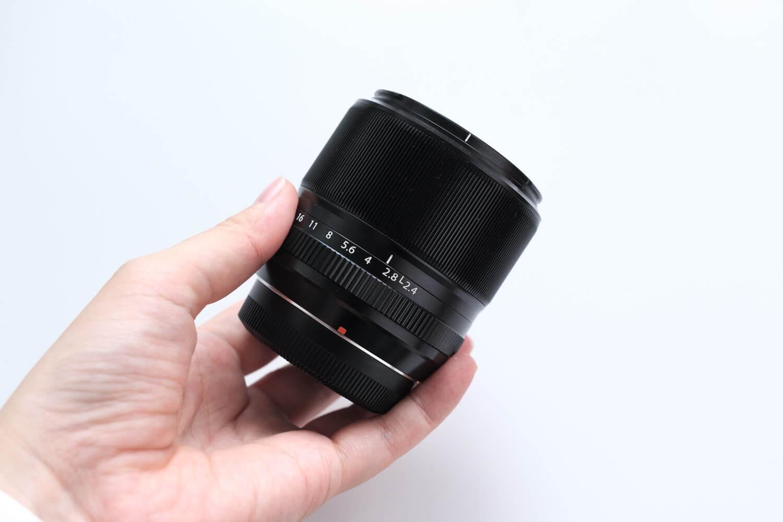 XF60mmF2.4 R Macro)横からみたところ