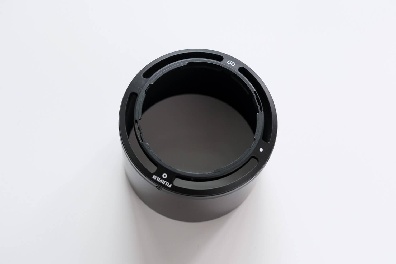 XF60mmF2.4 R Macro)のフード