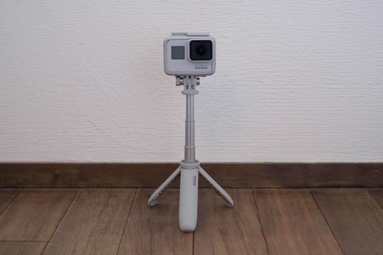 GoPro HERO7 Black ダスクホワイト リミテッドエディションボックス 三脚伸ばす
