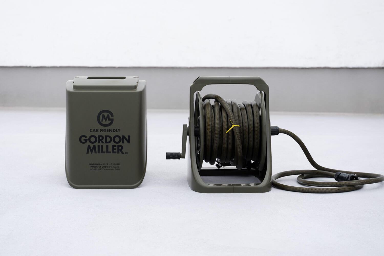 ゴードンミラー(GORDON MILLER)のホースリール オリーブカラーのフタを外したところ