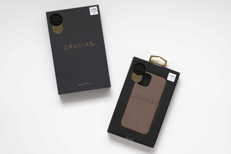 GRAMAS(グラマス)ペリンガーシュランケンカーフ iPhone11Proケースのボックスを開封したところ