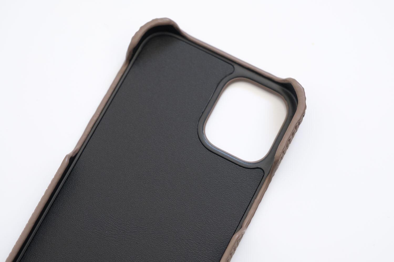 GRAMAS iPhone12 miniケース シュランケンカーフ トープカラーの内側アップ