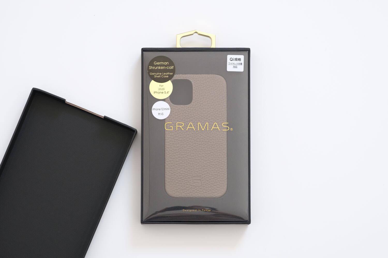 GRAMAS iPhone12 miniケース シュランケンカーフ トープカラーのパッケージ