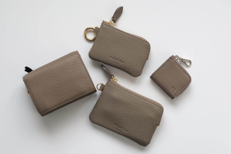 GRAMASのMe-po(ミーポ)ミニマルコインポケットとシュランケンカーフの財布とポーチを集めたところ