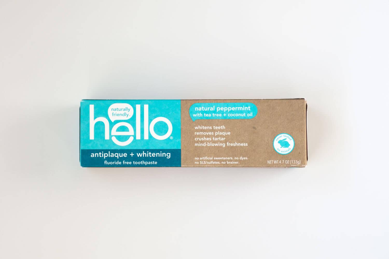 hello 歯磨き粉 ペースト ナチュラルペパーミントのパッケージ