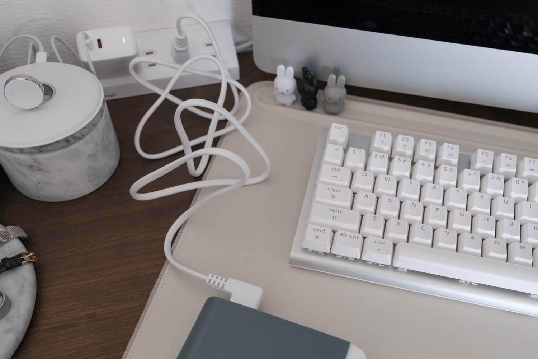 IKEA 電池充電器 TJUGO (チューゴ)に電源ケーブルは長め