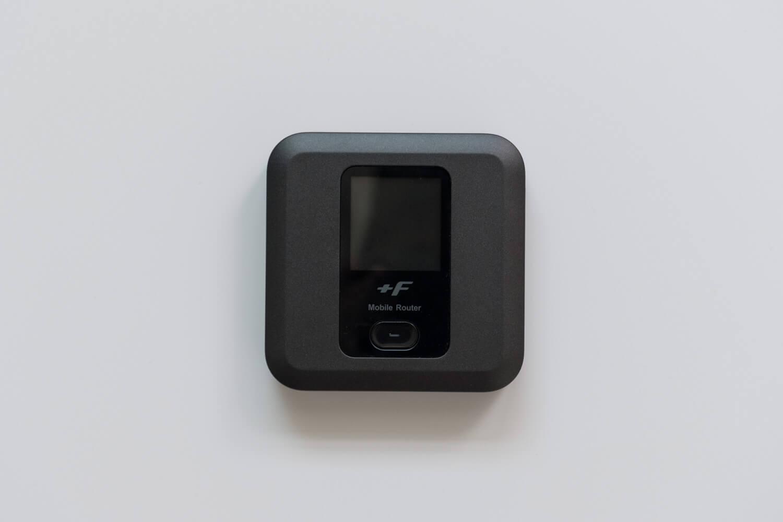 カバンの中身 2019年8月 富士ソフト +F FS030W モバイルWi-Fiルーター
