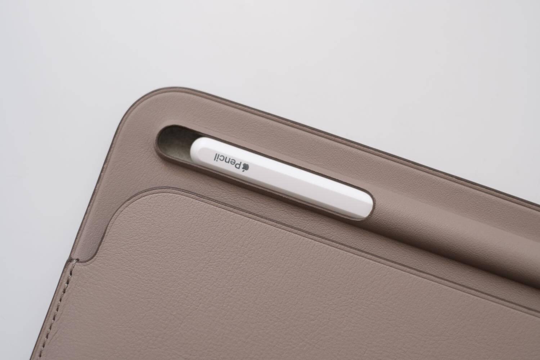 10.5インチ用iPadレザースリーブケース アップルペンシル