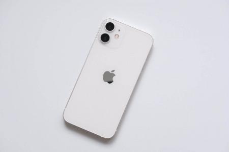 iPhone 12 mini ホワイト全体