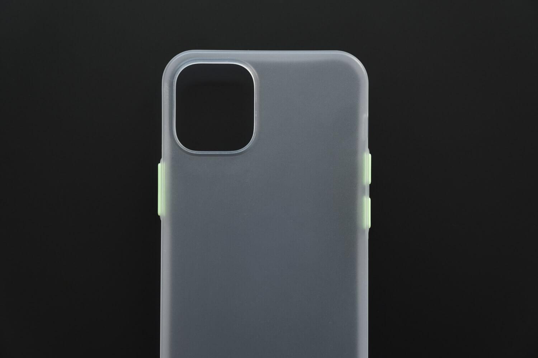 SwitchEasy 0.35mmiPhoneケースの素材はポリプロピレン