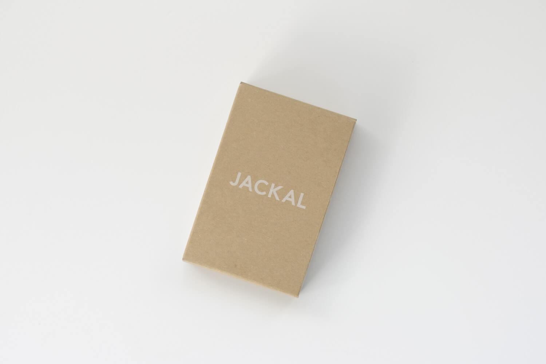 JACKAL(ジャッカル)クララカレンダー 2020年のブラック 卓上カレンダーの箱