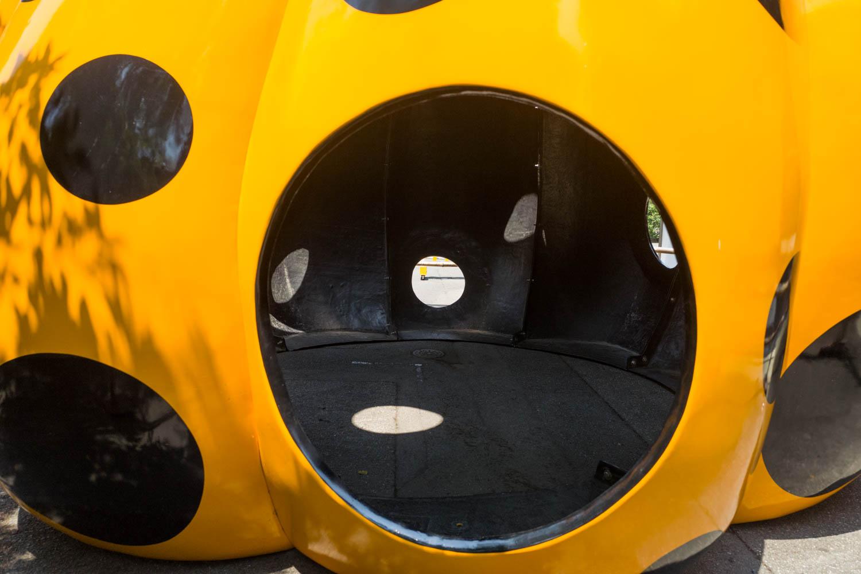 フォーエバー現代美術館 草間彌生 パンプキンの穴