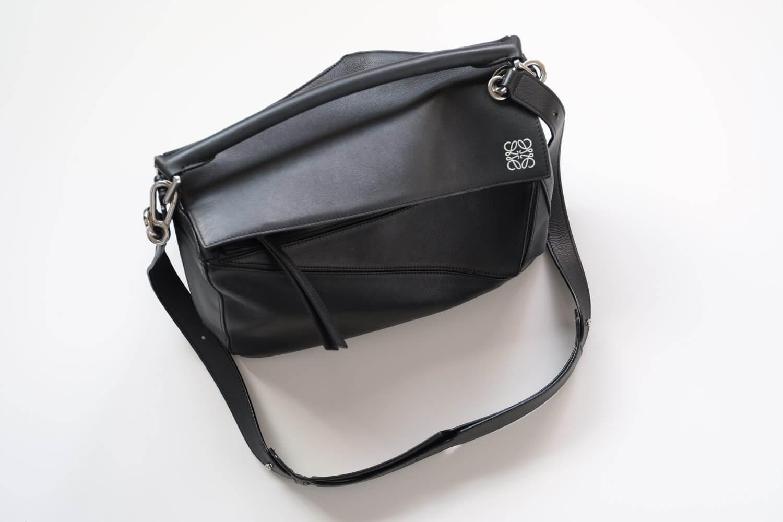 LAXUS(ラクサス)でレンタルしたパズルバッグは全体的に使用感があってクタっとした質感
