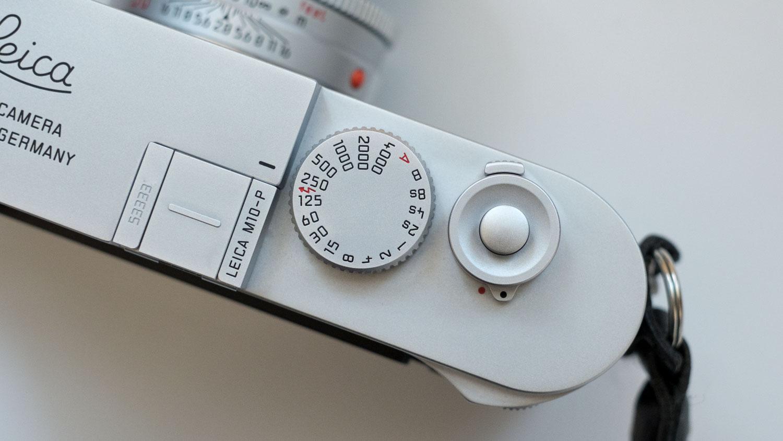 Leica M10-P シルバークローム マップカメラ レリーズボタン シルバー レリーズボタン取り付け後
