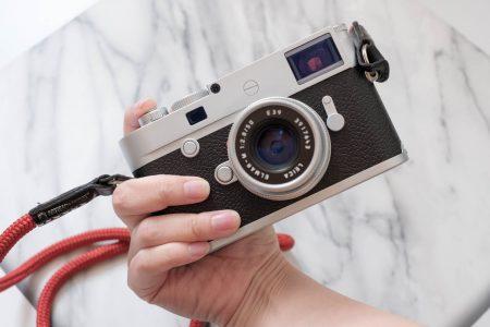 Leica M10-P シルバークローム 持ったところ