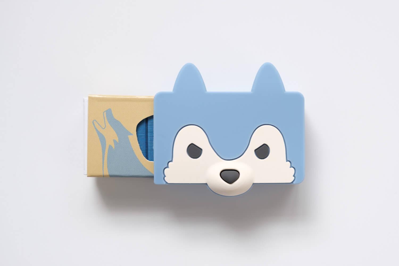 マックス ホッチキス針 シリコンカバー ケース付き オオカミに箱を入れたところ