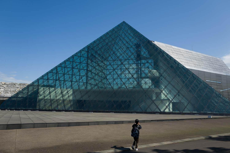モエレ沼公園 ガラスのピラミッド2