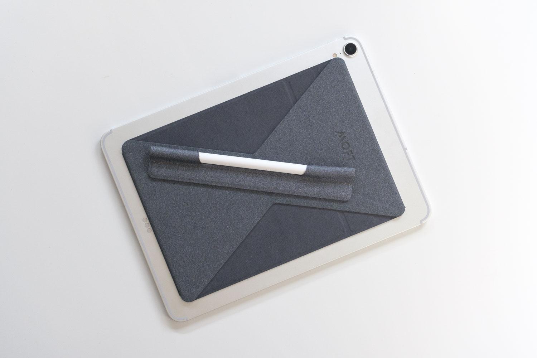 MOFT XタブレットスタンドにApple Pencilホルダーをくっつけたところ