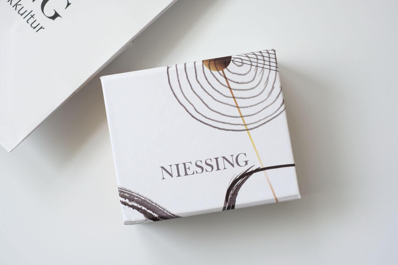 ニーシング(NIESSING)GALAXYリングのボックス