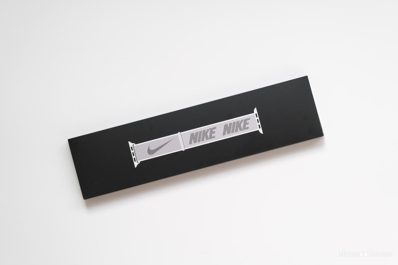 41mmケース用  Nikeスポーツループ サミットホワイト(ML2W3FE/A)の箱