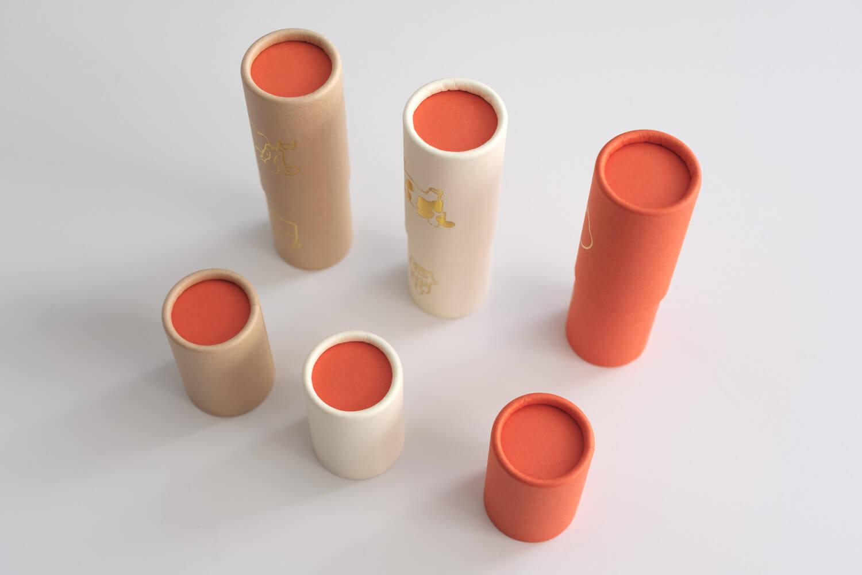 大成紙器製作所 POCHI-PON うしポチ袋のフタや底部分は赤に統一