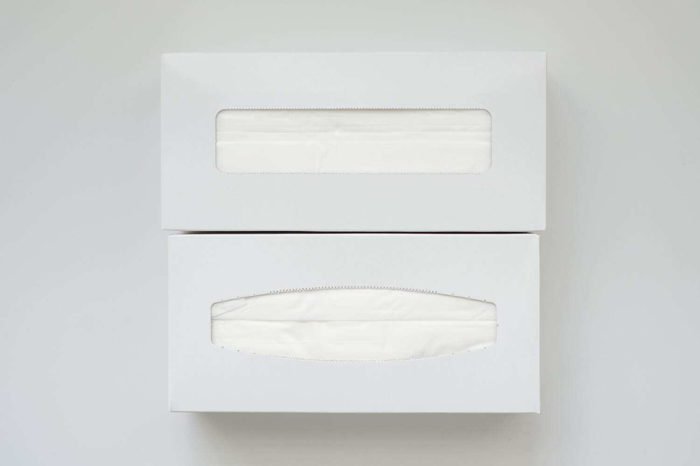 セブンプレミアム ふんわりティシュー ボックス比較 以前の形状が取り出しやすい
