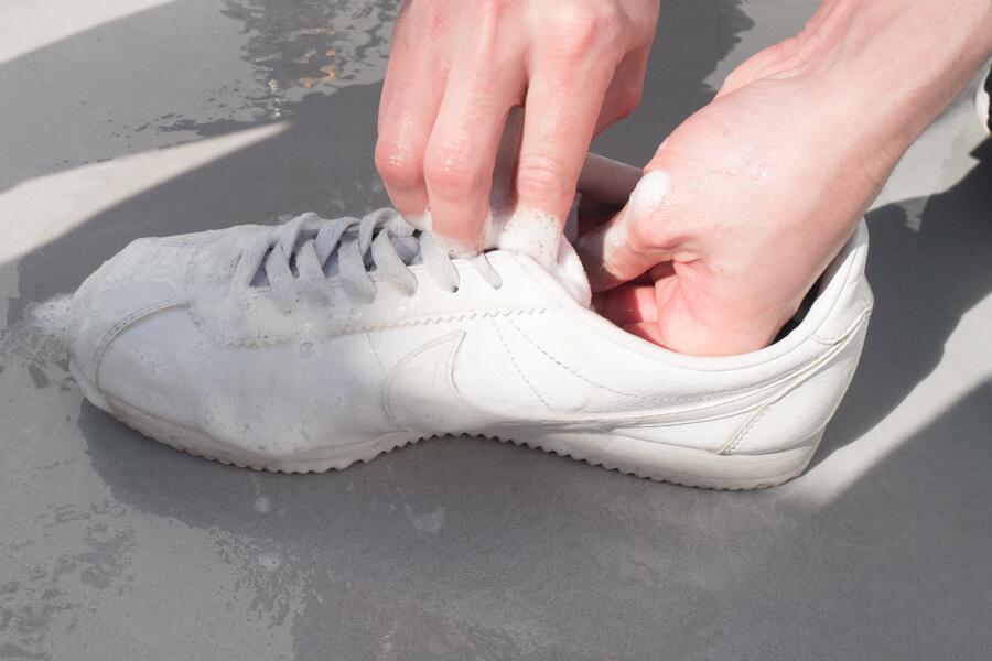 sneaker-shampoo-19