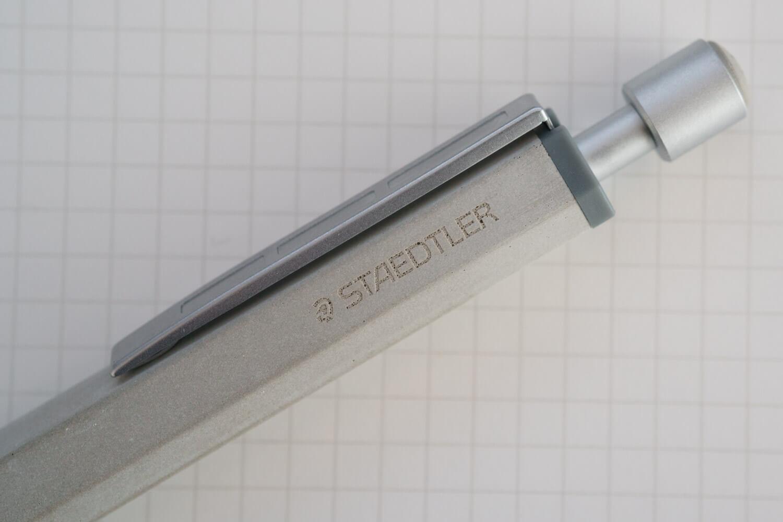ステッドラー コンクリートボールペン ロゴ
