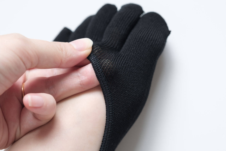 靴下屋デオドラント浅め5本指カバーソックスは目が細かい素材