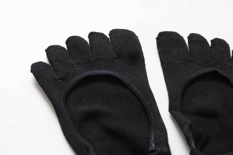 Tabio(タビオ)のデオセル無地5本指浅履きカバーソックスの素材感