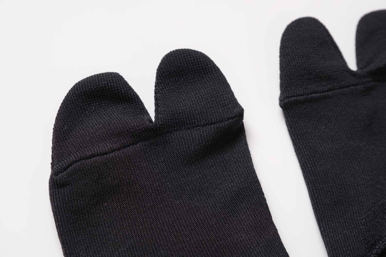 靴下屋の無地足袋深履きカバーソックス 011110134の素材感