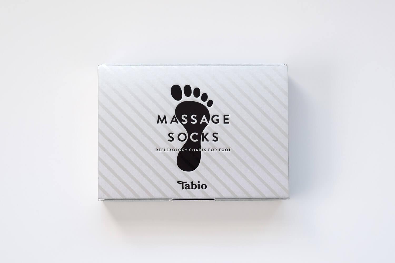 Tabio(タビオ)ツボ押しプリントソックス英字のパッケージ