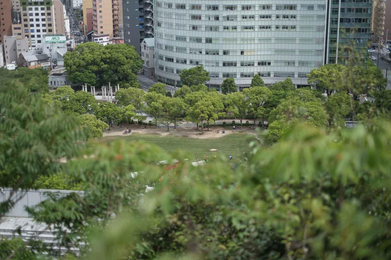 ベトナムイベントの公園が見下ろせるくらい登った