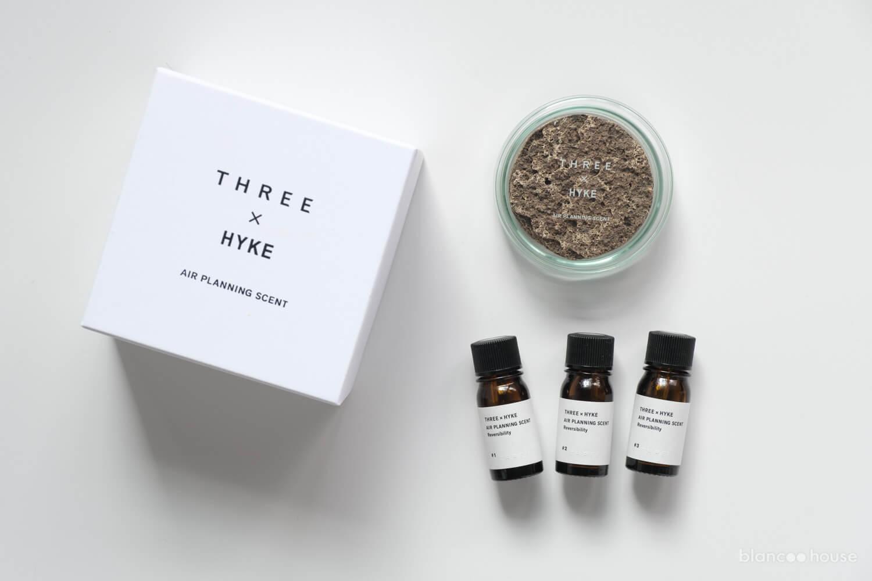 THREE × HYKE エアープランニングセント リバーサビリティ