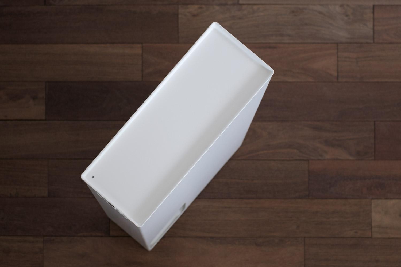 山崎実業Plate トイレットペーパーストッカー  フタの上にモノが置ける