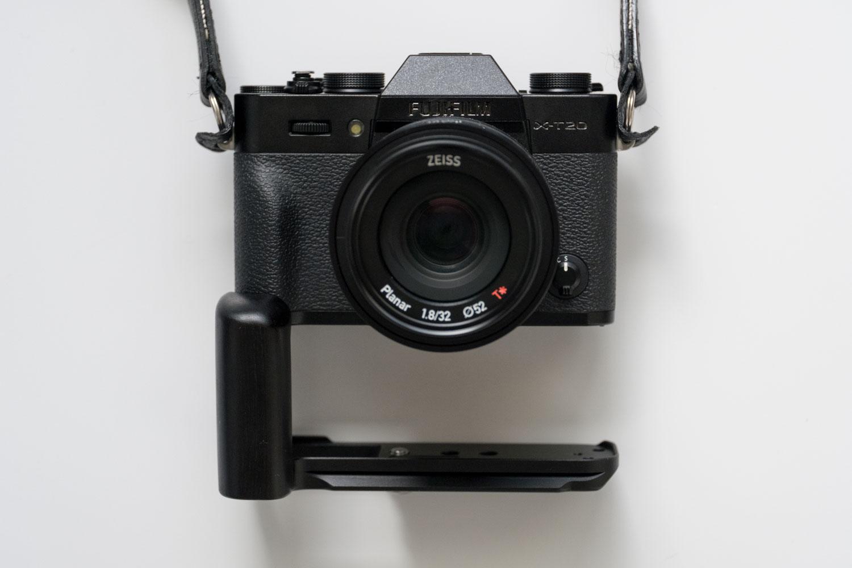 X-T20 X-T30 WEPOT 木製グリップ カメラと比較