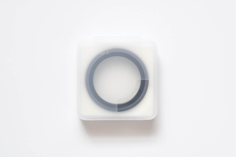 NiSi UHD UVフィルター X100シリーズ用は樹脂のケースに入っている