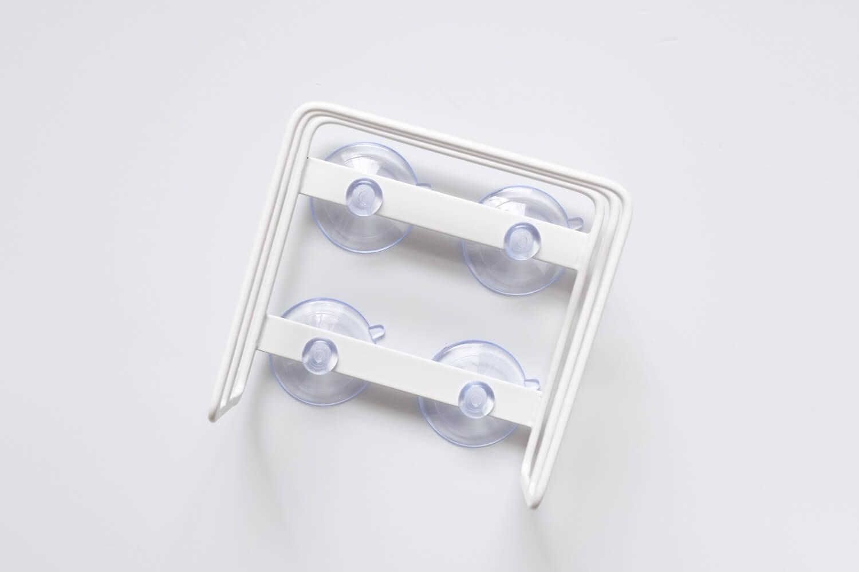 山崎実業 吸盤まな板スタンド 3499に吸盤を取り付けた表側