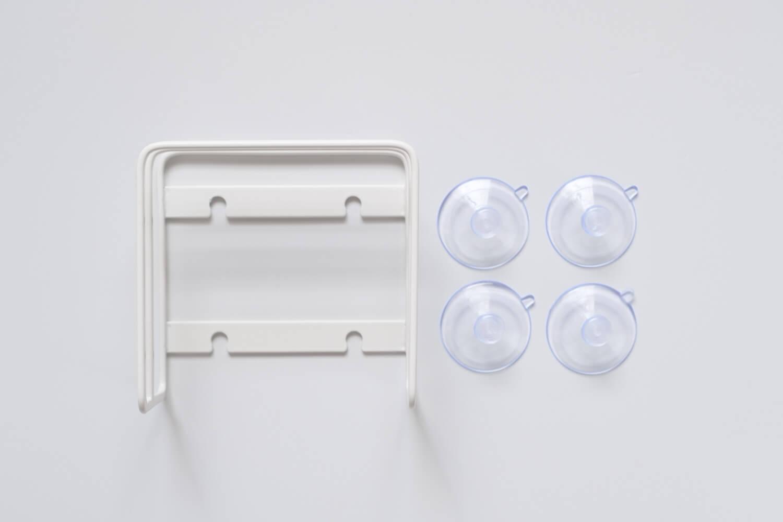 山崎実業 吸盤まな板スタンド 3499の本体と吸盤